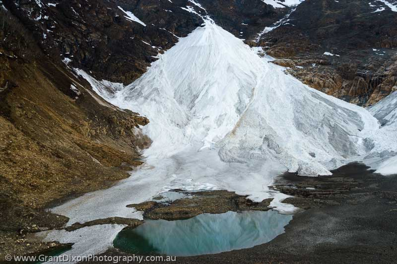 image of Dolpo avalanche snow 2